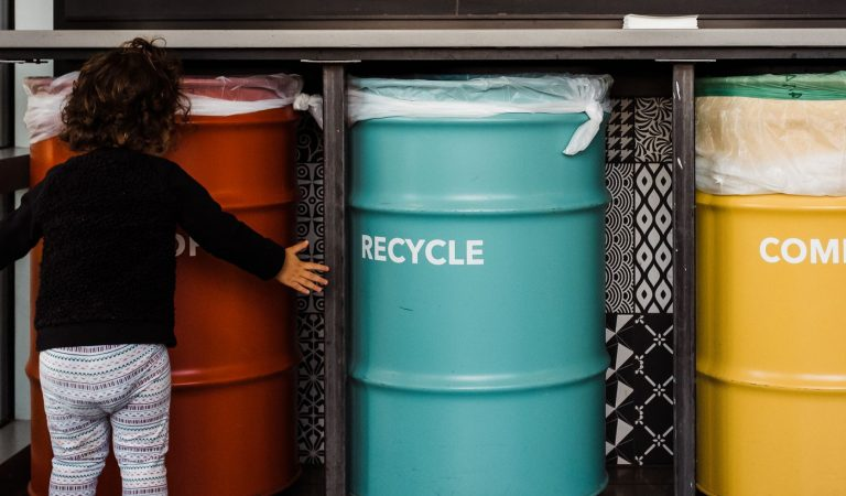 3 Easy Ways to Go Zero Waste Cutting Your Trash by 80%