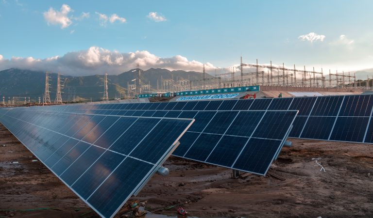 4 Great Changes in 2021 that Will Transform the Solar Industry